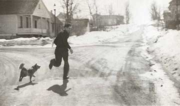 Vintage pic of Paula's dad running with the dog